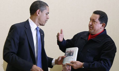 chavez_gives_a_book_to_obama