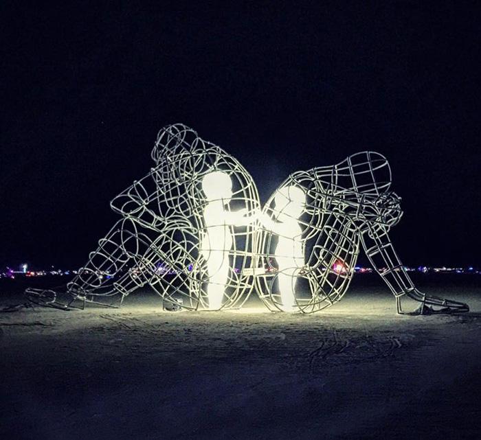 burning-man-festival-adults-babies-love-aleksandr-milov-ukraine