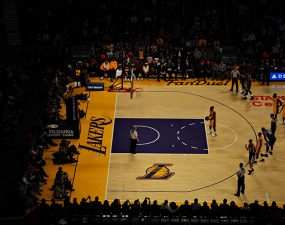 nba_finali_los_angeles_lakers_2_0_one_gecti